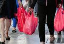 Cobrança por sacos plásticos pode ser estendida a todas as lojas