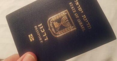 O passaporte israelense para o novo imigrante