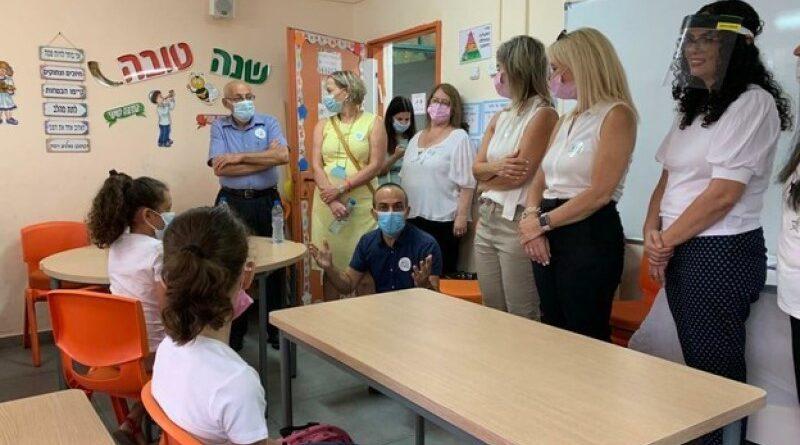 Educação: prefeitos fecham escolas