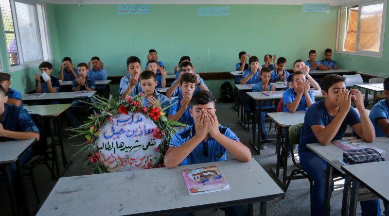 UNRWA distribuiu livros jihad