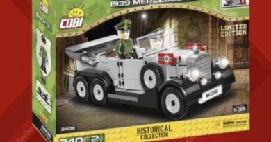 Carros de brinquedo nazistas retirados