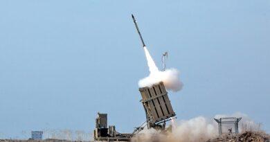 Israel responde foguetes de Gaza