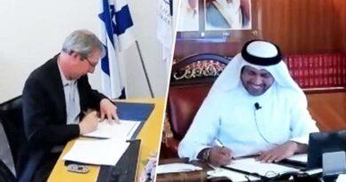 Arquivo e Biblioteca assinam acordo