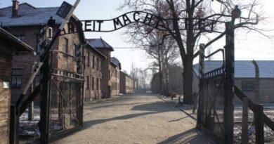 viagens ensinam a odiar a Polônia