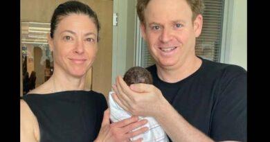 Ministra viajou para nascimento do filho
